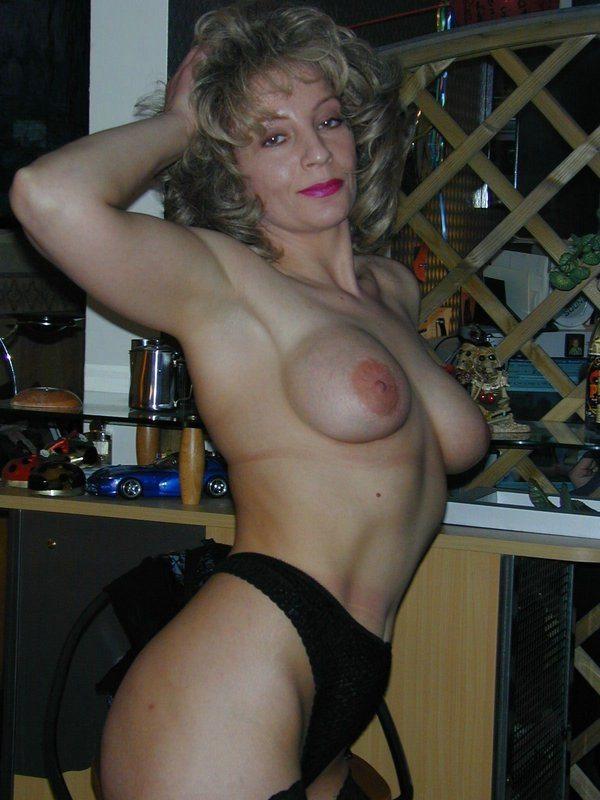 Boot lick mistress slave