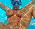 Onder water naakt en seks foto`s